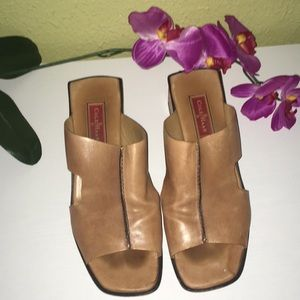 COLE  HAAN Sandals size 9.